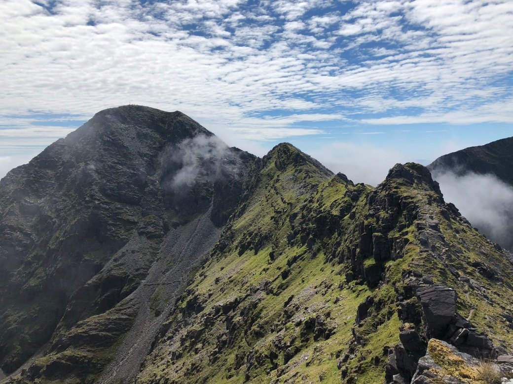 Carrauntoohil by Anthony O'Donovan.jpg